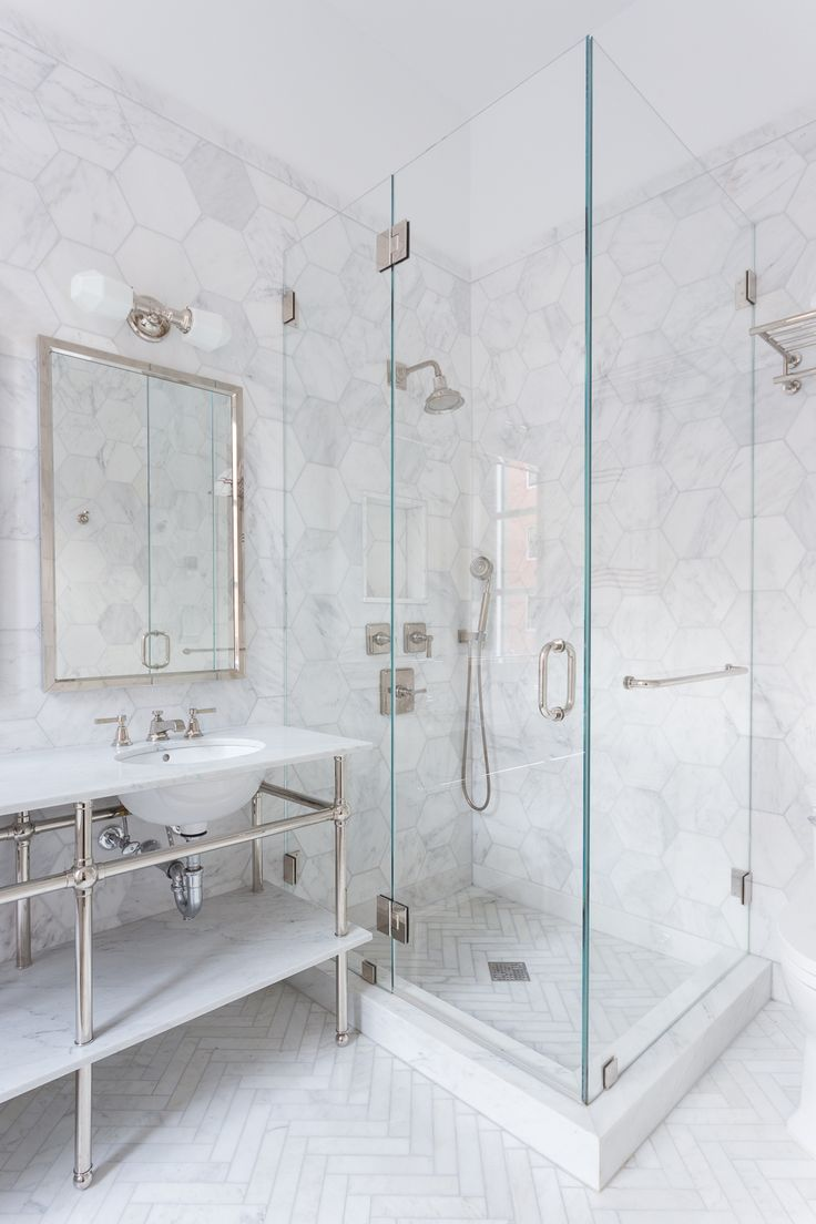 34 stunning marble bathrooms with silver fixtures - White Marble Tile Bathroom