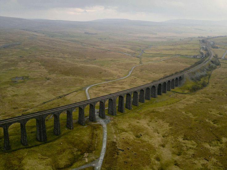 Viaducto Ribblehead, Yorkshire. Jason Hawkes