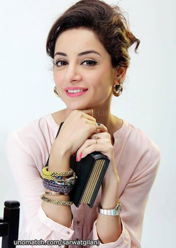 Sarwat Gilani Like : www.unomatch.com/sarwatgilani #sarwatgilani #pakistani #actress #dramaactress #television #model #unomatch #fans #karachi #followme #pakistanicelebrities #fashionmodel