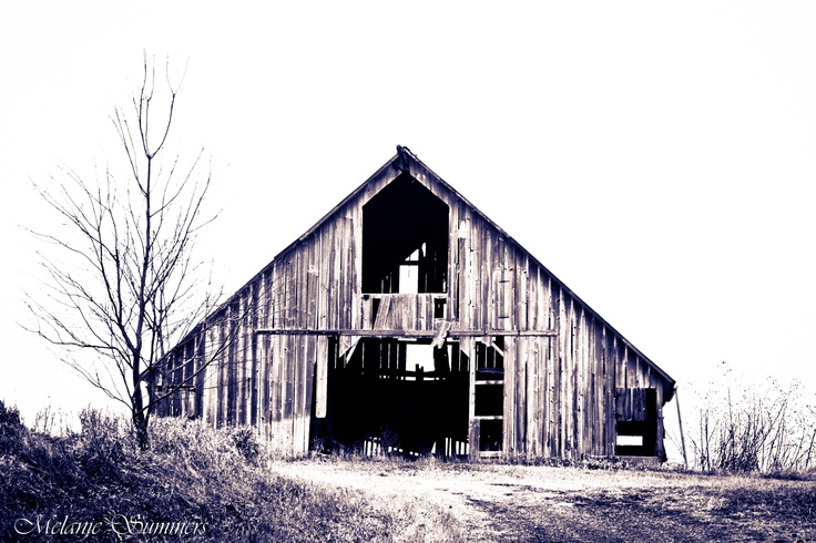 Barn in Doniphan County. This barn is near the farm where I grew up.