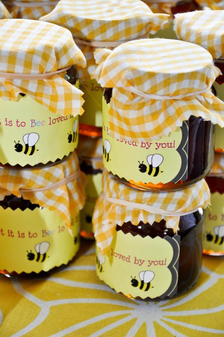 1st Birthday Party Bumble Bee Theme Partys Pinterest