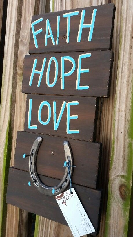 Pallet decor, key holder, jewelry holder with horseshoe. Faith hope love,  made by Wendy of Speaks Creations