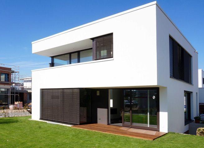 Ber ideen zu kubus haus auf pinterest versetztes pultdach architektenh user und - Architektur kubus ...