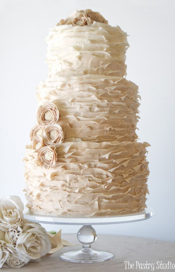 Pretty Pearl Ombre Wedding Cake | Cakes with Pearls, Elegant Cakes, Wedding Cakes | Beautiful Cake Pictures