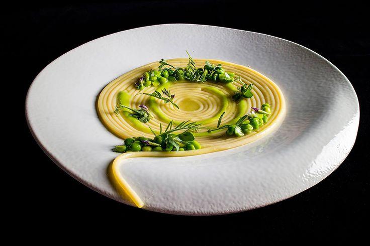 Terry Giacomello | foto Lido Vannucchi | Spaghetti con piselli, prosciutto crudo e olio rancido
