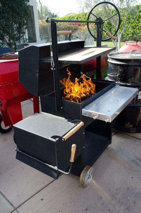 Englebrecht Braten 1000 wood & charcoal burning grill & smoker combo