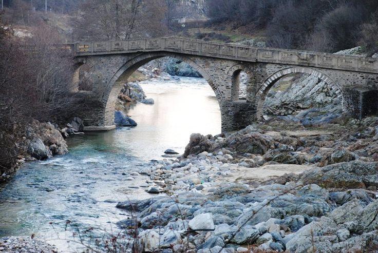 The old stone bridge over Kossynthos river, on the way to the village Pilima, Xanthi, Thrace, Greece. Photo by Maria Tsekoura.