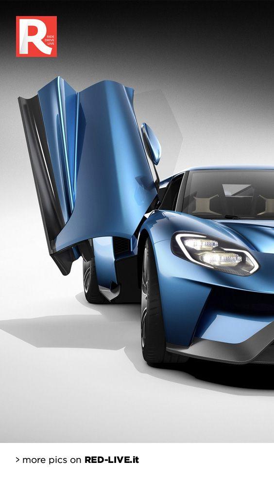 Ford GT: ora è senza veli - La supercar americana si spoglia di ogni riserbo rivelando (finalmente) i propri segreti. Il V6 3.5 EcoBoost eroga 656 cv, il peso si attesta a 1.360 kg e la velocità massima sfiora i 348 km/h. È l'auto più performante mai realizzata da Ford.
