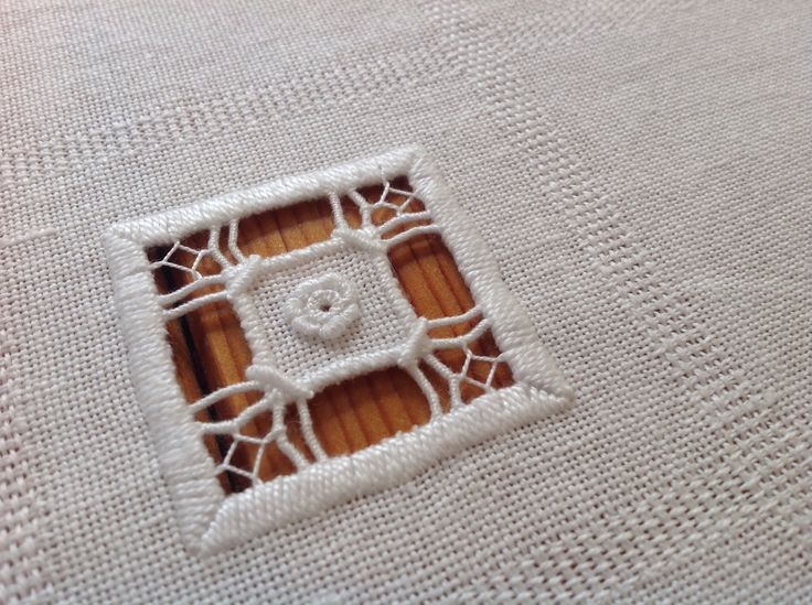 This was such fun to stitch, the little flower in this Punto Antico runner