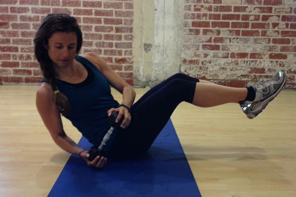 10-minute love handle workout