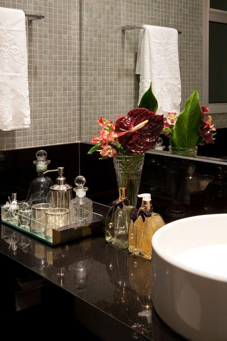 Banheiros: sugestões para decoração tendo muito ou pouco espaço - BOL Fotos - BOL Fotos