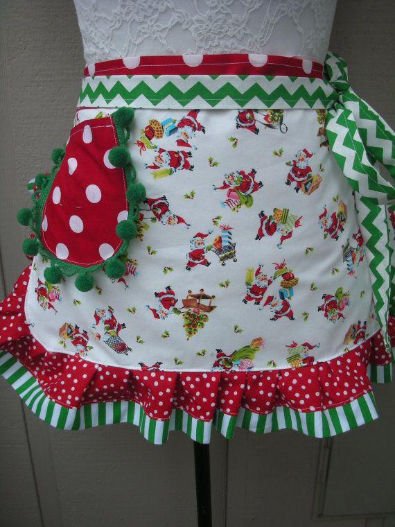 Delantales de Etsy la Navidad delantales Santa por AnniesAttic                                                                                                                                                                                 Más