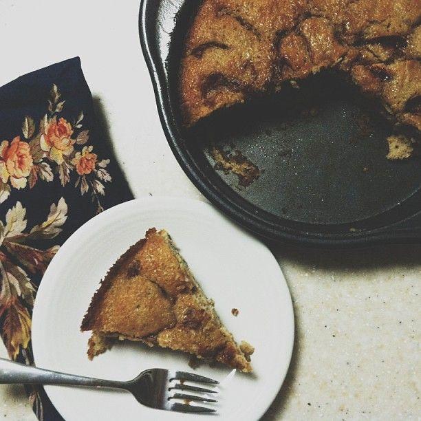 Cinnamon-Sugar Apple Skillet Cake | Fall things | Pinterest