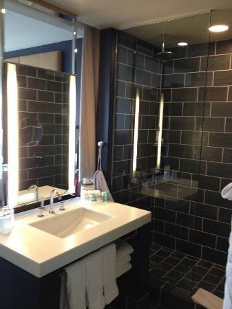 24 Best Spare Bath Images On Pinterest Bathroom Ideas