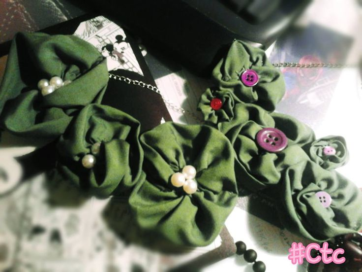 green flower necklaces with pearls and buttons...each one 6$ #ctc #collection #necklace