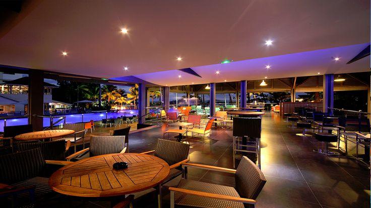 La Creole Beach Hotel and Spa vous propose des coctails tropicaux dans son Bar La Rhumerie en Guadeloupe