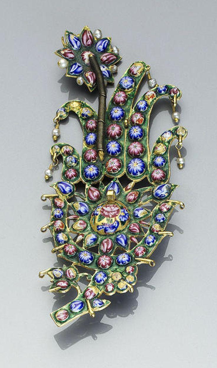 Persia | Qajar gem-set gold Turban ornament (jiqa) | 19th century | 8'962£ ~ sold (Apr '04)