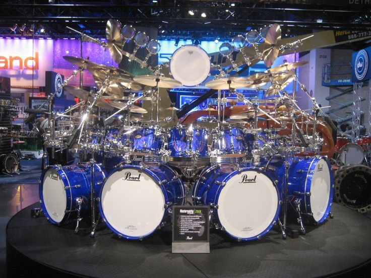 Monster PEARL DRUMS Kit