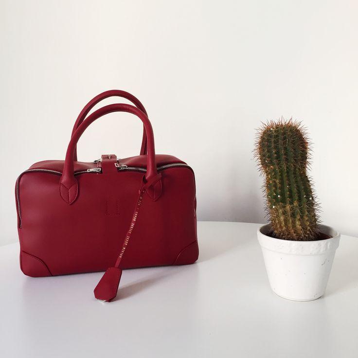 A bag is a treasure. Hunt yours on www.eliteboutique.it