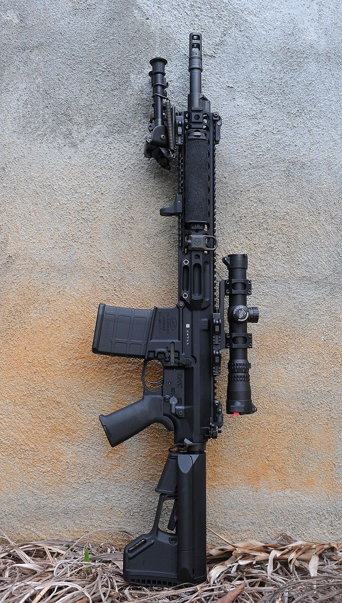 Ar 15 gen 5 2012 special edition via newark firearms specially modded with slick