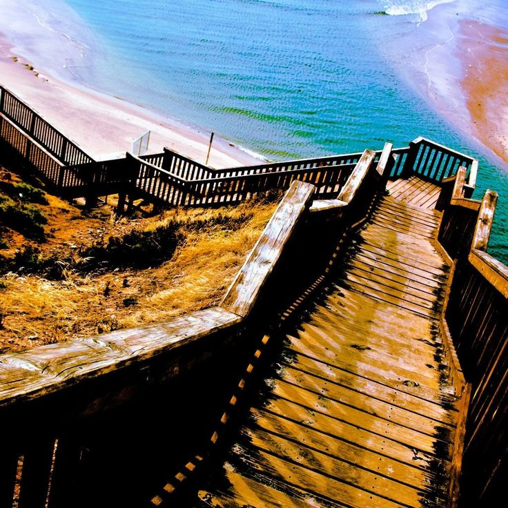 Follow the yellow brick road… down to Port Noarlunga in SA. Great snap by Brad L for #capturethecover!