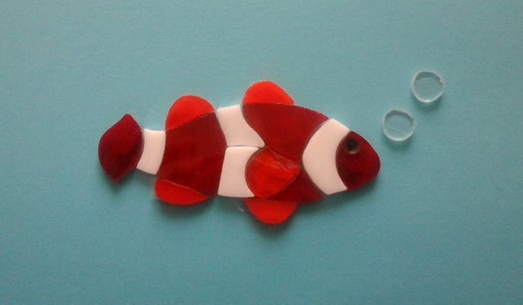 Precut Stained Glass Clown Fish pre cut Tiffany glas with bubbles Fisch Pesce pagliaccio vetro pretagliato di Crazy4Mosaics su Etsy