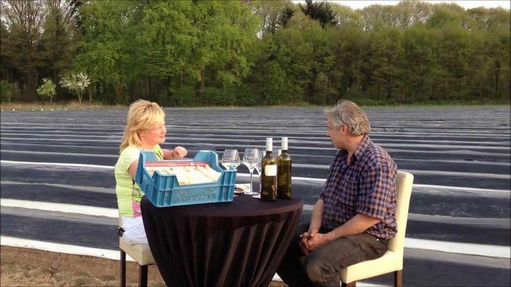 Aan tafel met Ellen - 02 - De asperge leverancier