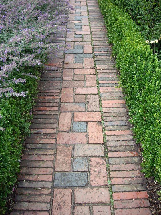 8 Ideen für inspirierende Gartenpfade – Allison B