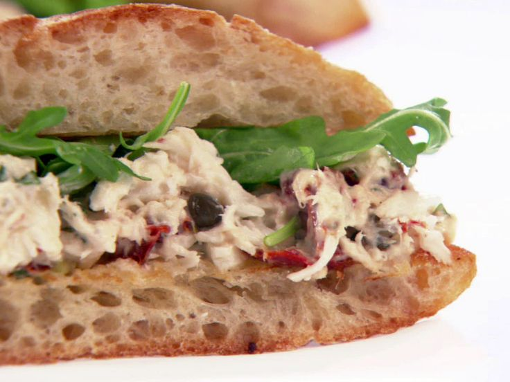 Giada - Mediterranean Halibut Sandwiches from FoodNetwork.com - would be good with tuna instead of halibut!