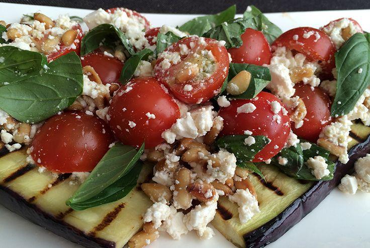 Gegrilde Aubergine met feta en tomaatjes
