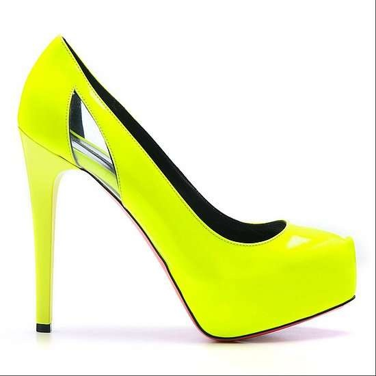 Neon yellow pump.. sure wish I could find these online to buy!!!