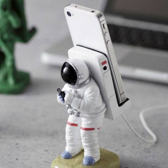 Astronaut Smartphone Stand - Take My Paycheck - Shut up and take my money! | The coolest gadgets, electronics, geeky stuff, and more!