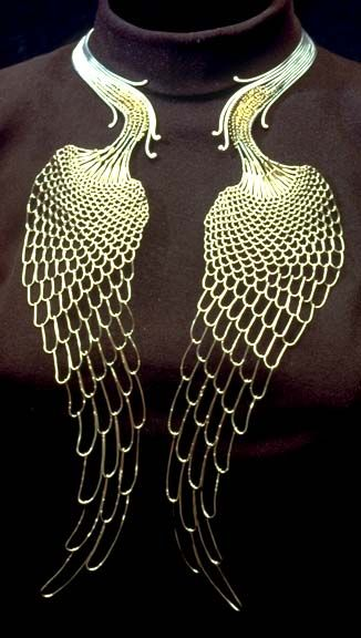 Peacock tails necklace by Mary Lee Hu