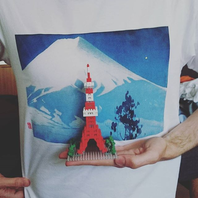 #TokyoTower #Tokyo #Tower #東京タワー  #Japan #Fuji #MountFuji #富士山 #nanoblocks #nanoblock #ナノブロック #Uniqlo #UT #Japan #日本