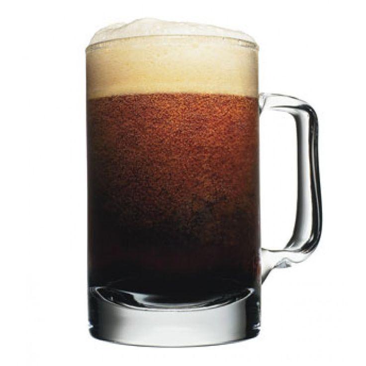 """""""Корневое пиво""""  Интересное сочетание ликеров Гальяно и Калуа с пивом, напоминающее вкус корневого пива"""