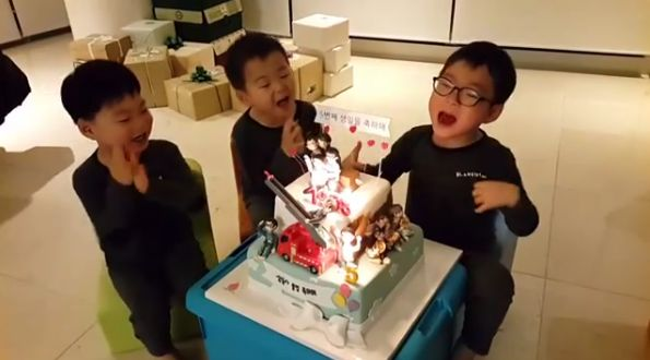"Daehan, Minguk, and Manse are celebrating their birthday a couple days early with their dad Song Il Gook! On the morning of March 14, Song Il Gook shared a video of his beloved triplets to his Instagram. In the video, the boys sing ""Happy Birthday"" to themselves, with Daehan particularly into the so..."