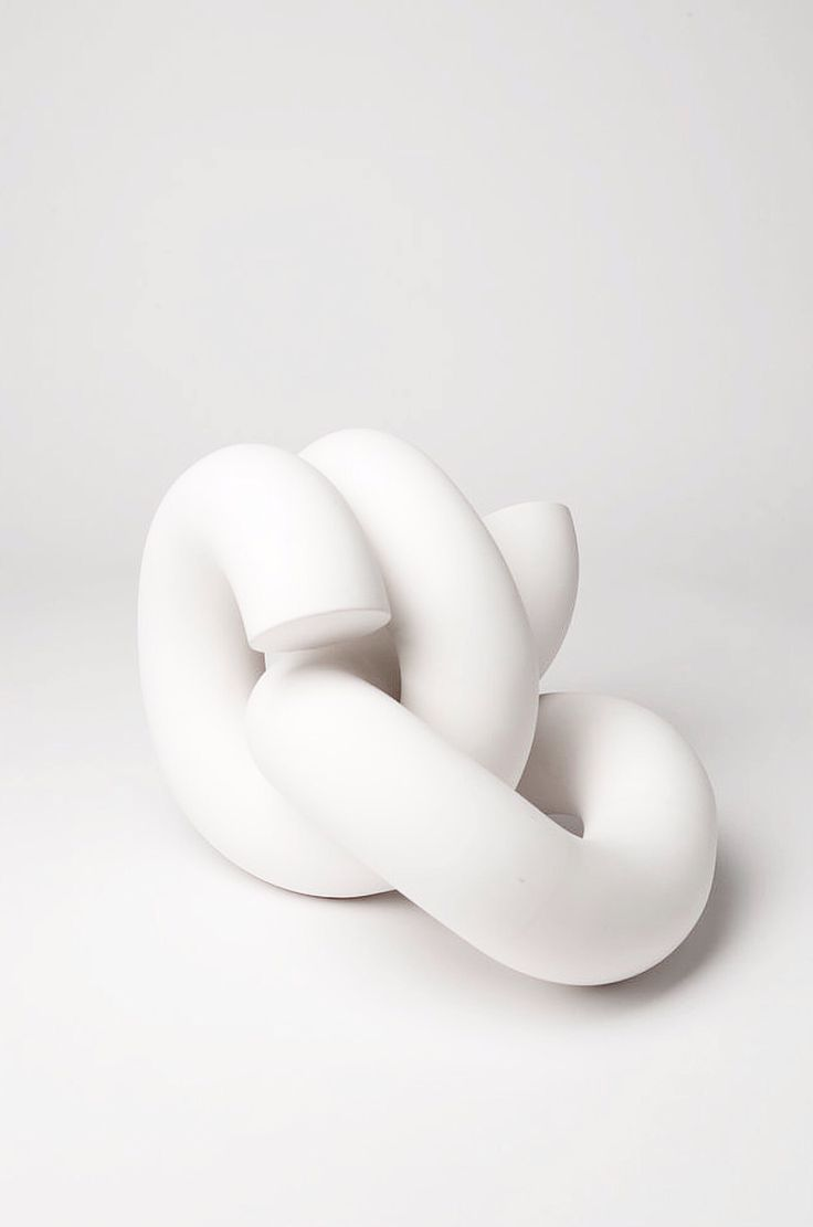 Roger Krasznai | ceramic form