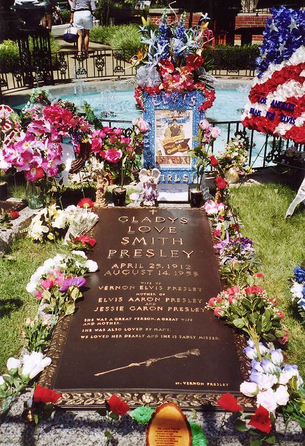 pictures of gladys love presley | Gladys Love Smith Presley---Graceland | Flickr - Photo Sharing!
