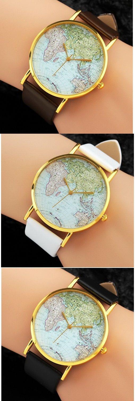Relojes con el mapa del mundo. ¿Qué color de cadena prefieres? Encuentralos en nuestro sitio.