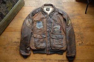 Vintage-annees-80-avirex-cuir-A2-marron-veste-de-vol-avec-patches-grand-effet-vieilli