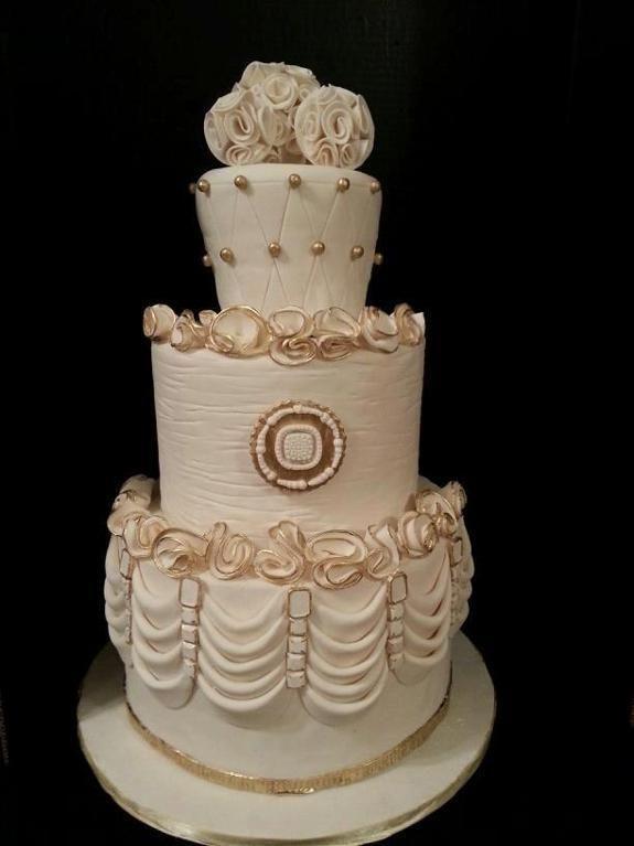 Wedding Cake Decoration Ideas Pinterest : Gold Wedding Cakes Gold Jeweled Wedding Cake by Kelly ...