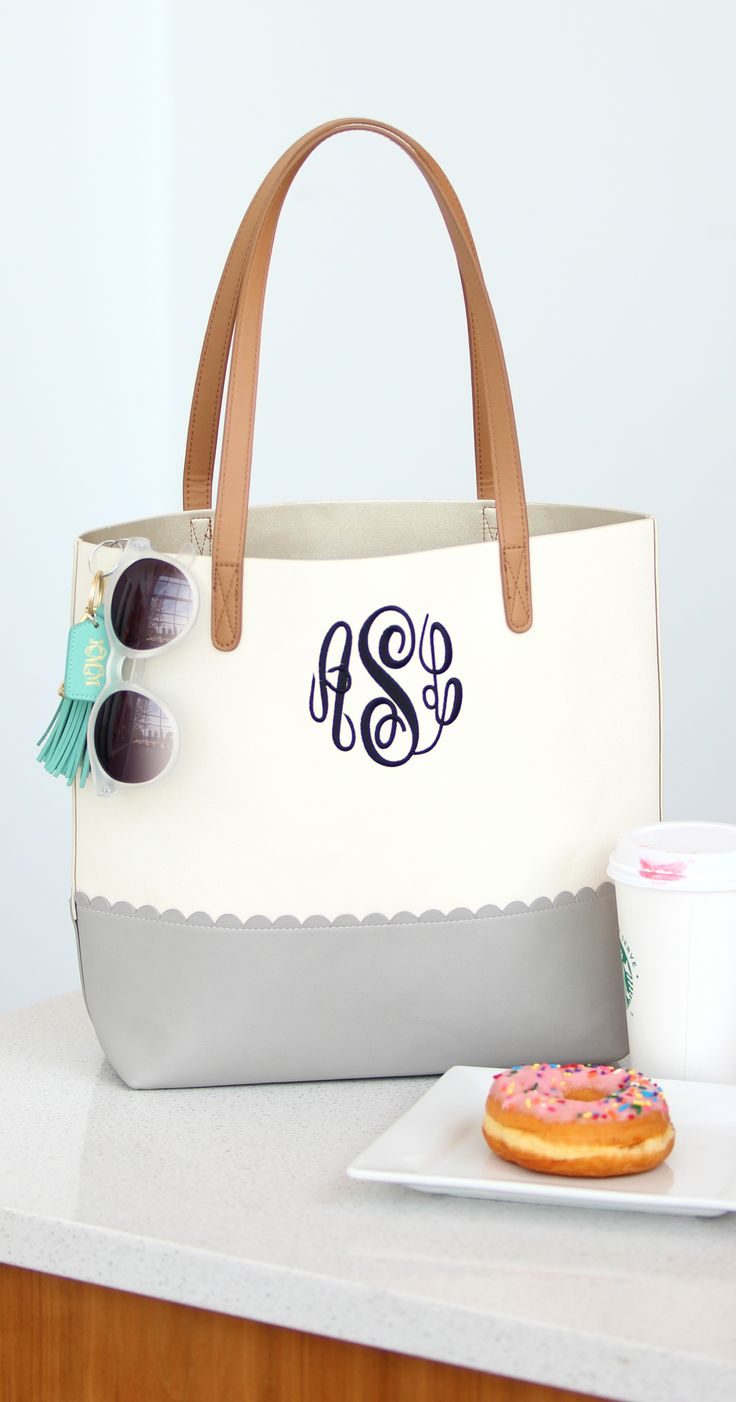 NEW Basic Scalloped Tote Bag from Marleylilly! Shop our fresh finds now!