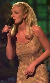 Mindy McCready, Country Singer, Dies at 37 - NYTimes.com