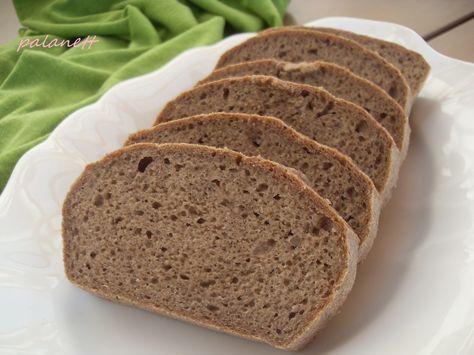 Tömör,+de+mégis+puha,+lágy+kenyér,+ropogós+kéreggel+és+omlós+belsővel.+Kínálhatjuk+házi+kolbászhoz,+de+saját+készítésű+lekvárral+is+isteni!+  +Hozzávalók:+  +-+3+db+M-es+tojás+  +-+50+g+tápiókakeményítő+  +-+35+g+szezámmagliszt+  +-+45+g+zöldbanánliszt+  +-+15+g+útifű+maghéj+  +-+2+ek.+citromlé+  +-+2+tk.+só...
