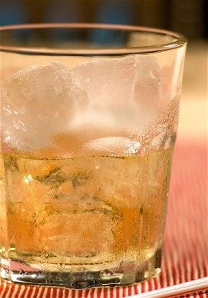 Rusty nail, a cocktail for Burns night