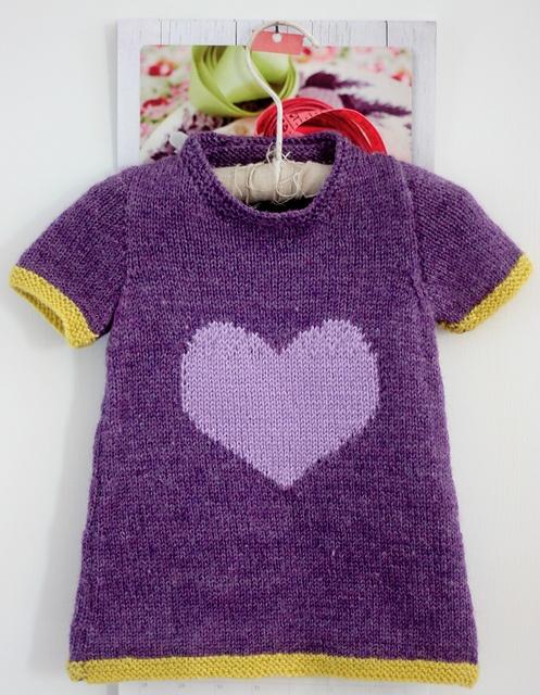 Littleheart Dress pattern by Casapinka