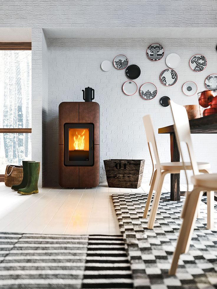 Toba, pellet stove canalized air that heats the water