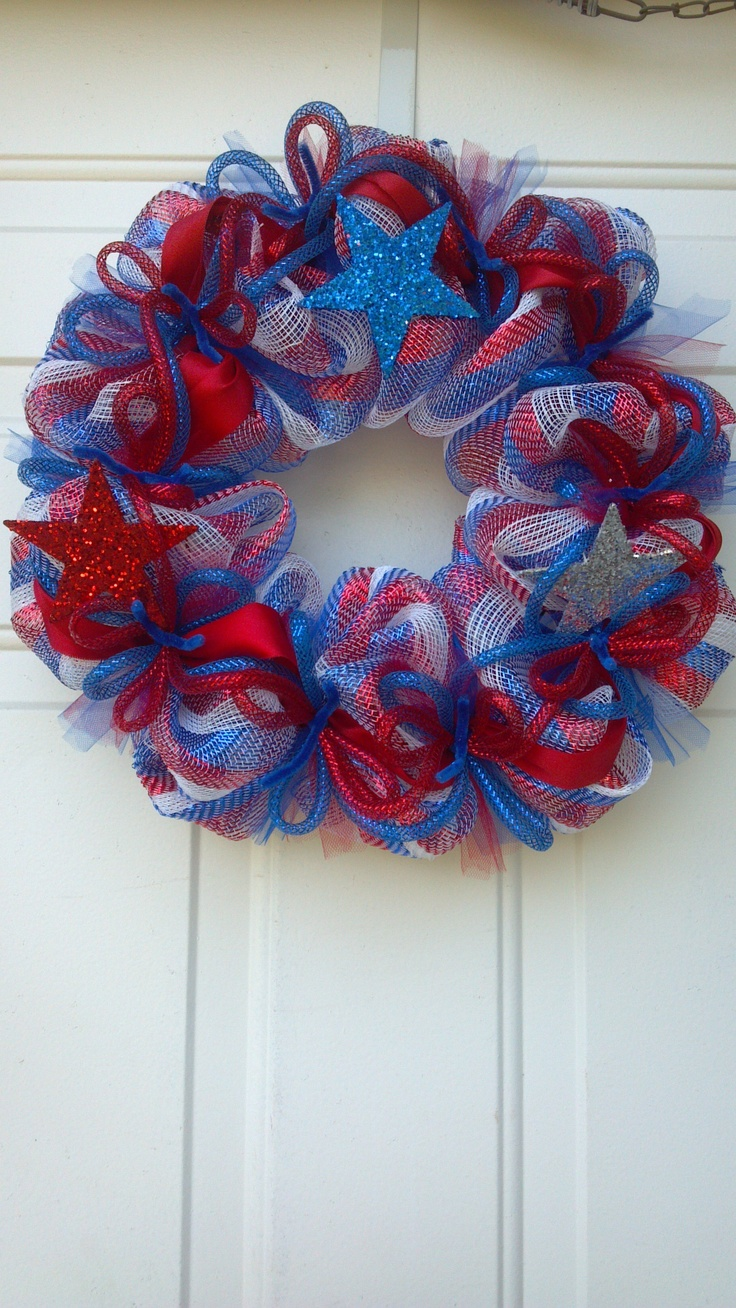 Crafts with deco mesh - 4th Of July Deco Mesh Wreath By Tgb Designs