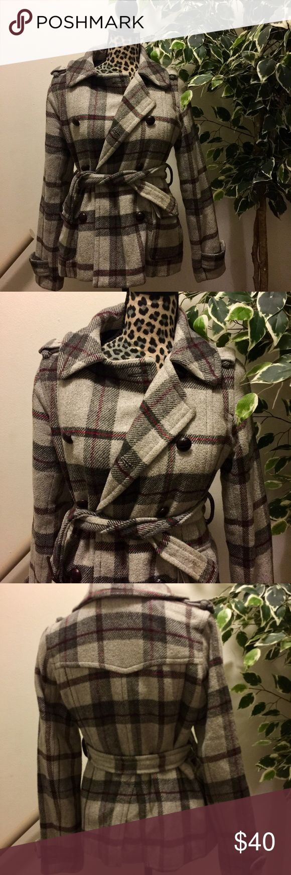 🔥SALE🔥 American Eagle Outfitters Plaid Wool Coat Super Cute Plaid Coat That's Warm And Chic!! Size Small, Has Double Row Of Buttons And Belt. Excellent Condition American Eagle Outfitters Jackets & Coats Pea Coats