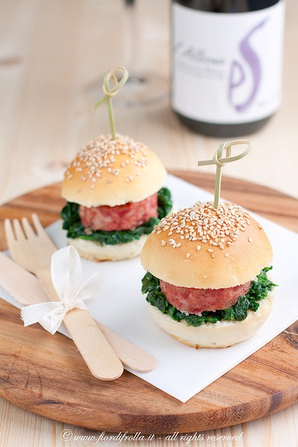 Mini-hamburger emiliani        #recipe #juliesoissons